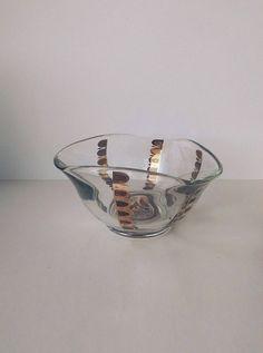 Vintage Georges Briard bowl in Regalia pattern, vintage serving bowl