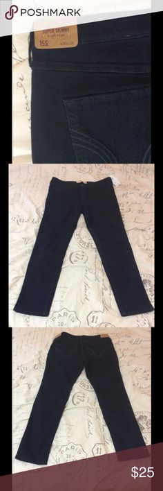 Hollister High Rise Super Skinny Jeans rise color New with tag. High rise waist with super skinny leg, dark blue color. Size 15 S. W32 x L29. 82% cotton. 17% Polyester. 1% Elastane Hollister Jeans Skinny