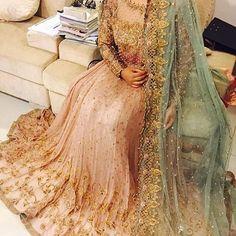 Gorgeous sparkles ✨ A Bridal Lengha