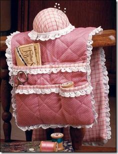 Free Sewing Patterns...links to sewing patterns for several of these types of sewing caddy's. Super cute!