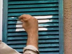 When painting the exterior of a house, learn these valuable tips that can save you time by preparing properly for the project, from DIY Network. Painting Shutters, Painting Trim, House Painting, Exterior Trim, Diy Exterior, Exterior Doors, Cornhole Set, Diy Network, Exterior Paint Colors
