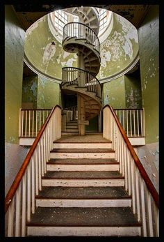 abandoned state hospital stairs architecture decay ruins abandoned buildings places architecture decay ruins abandoned buildings places architecture decay ruins abandoned buildings places by frankie Abandoned Buildings, Abandoned Asylums, Old Buildings, Abandoned Places, Abandoned Castles, Amazing Architecture, Architecture Design, Stairs Architecture, Beautiful Buildings