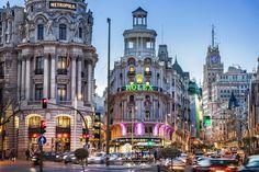 https://flic.kr/p/jPjtFH | _MG_4608 La Gran Vía.jpg13,9 MB5616 × 3744 | La Gran Vía de Madrid al anochecer. The Gran Via of Madrid in the evening. Visítame aquí: Visit me here: www.comprar-fotos.com/ www.fotografodebodasdemadrid.com www.facebook.com/pages/Fotografia-de-paisaje-urbano-Madri... www.facebook.com/delreycarlos de Arellano del Rey