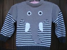 pull enfant motif éléphant en coton tricoté main See other ideas and pictures from the category menu…. Baby Boy Knitting Patterns, Baby Cardigan Knitting Pattern, Knitting For Kids, Hand Knitting, Knitting Stitches, Knitting Pullover, Knitting Sweaters, Elephant Sweater, Pull Bebe