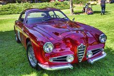 A beautiful 1956 Alfa Romeo 1900 Super Sprint Zagato by Carrozzeria Old Sports Cars, Classic Sports Cars, Old Cars, Classic Cars, Retro Cars, Vintage Cars, Alfa Alfa, Alfa Romeo Spider, Alfa Romeo Cars