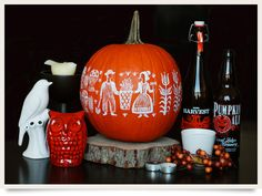 Halloween - Two of my favorite things combined! Pumpkin with Pyrex design!