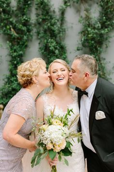 Wedding photo of bride with mom and dad. Such a special picture to share with your parents on your wedding day! Beautiful wedding at Omni Riverfront Hotel in New Orleans, Louisiana. Wedding Family Poses, Wedding Picture Poses, Wedding Poses, Wedding Photoshoot, Wedding Shoot, Wedding Portraits, Wedding Bride, Bride Poses, Bride Groom