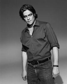 Get it Benicio. Latino Actors, Actors & Actresses, Sean Penn, Leonardo Dicaprio, Benecio Del Toro, Cinema, Fandom, Special People, Celebs