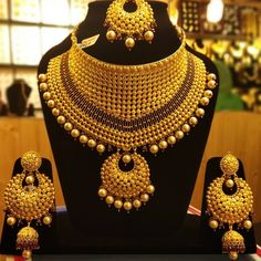 bridal sets & bridesmaid jewelry sets – a complete bridal look Bridesmaid Jewelry Sets, Bridal Jewelry Sets, Bridal Necklace, Bridal Jewellery, Handmade Jewellery, Necklace Set, Gold Earrings Designs, Gold Jewellery Design, Gold Jewelry