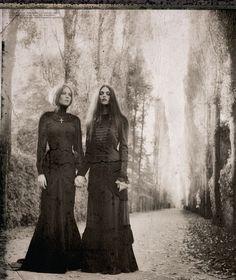 Ritual.  Photographer: Signe Vilstrup.  Stylist: Dorothea Gundtoft.