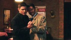 Animated gif uploaded by Aʟᴇʏɴᴀ. Find images and videos about gif, supernatural and Jensen Ackles on We Heart It - the app to get lost in what you love. Jensen Ackles, Jensen And Misha, Dean Winchester, Dean And Castiel, Supernatural Destiel, Misha Collins, Decimo Doctor, Familia Winchester, Cockles