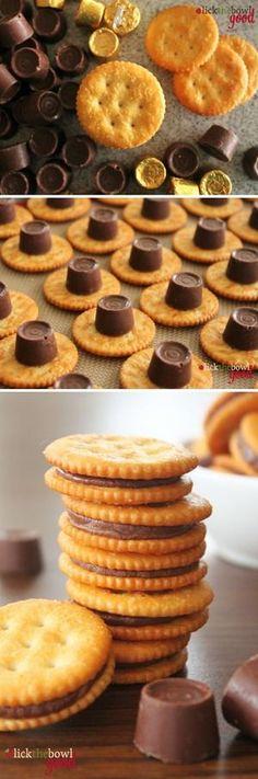 Bekijk de foto van chris4961 met als titel Mmmm, Rolo-koekjes! Koekje met Rolo erop in de oven, laten smelten, ander koekje erop en klaar :) en andere inspirerende plaatjes op Welke.nl.