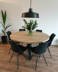 Dining Room Inspiration, Home Decor Inspiration, Decor Ideas, Küchen Design, House Design, Round Dining, Dining Room Design, Home Interior Design, Kitchen Decor