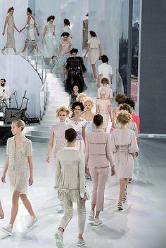 Chanel. Via Tempo da Delicadeza
