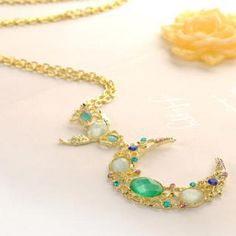 Moon Necklace Gold - One Size