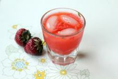 Strawberry Rhubarb Smash / Saveur