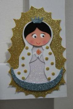 lembrancinha igreja Foam Crafts, Diy And Crafts, Crafts For Kids, Arts And Crafts, Paper Crafts, Arabian Party, Birthday Bulletin Boards, Catholic Crafts, Baptism Party