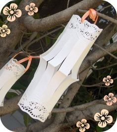 SO pretty! Rectangle doiley lanterns :)