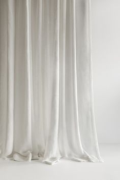 A pure Italian woven linen, Miro in Off White evokes tranquility and natural beauty with a subtle transparency White Curtains, Curtains With Blinds, Theoule Sur Mer, Beach Vibes, Casamance, Interior Windows, Fabric Textures, White Aesthetic, Colour Schemes