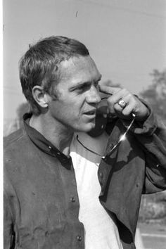 voxsartoria (Search results for: steve mcqueen) Hollywood Actor, Hollywood Stars, Classic Hollywood, Old Hollywood, Hollywood Actresses, Steven Mcqueen, Steve Mcqueen Style, Mode Man, Film Icon