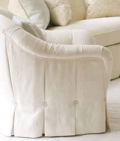 Sankey_033 - double piping and button tufts on boxpleat skirt of white upholstered chair - details!