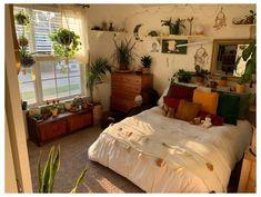 Bedroom Sofa, Room Ideas Bedroom, Bedroom Decor, Bedroom Inspo, Indie Room, Cute Room Decor, Aesthetic Room Decor, Cozy Room, Dream Rooms