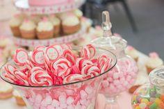 Carritos de dulces para fiestas. Carritos de chuches, Decoración para fiestas, carritos para comuniones. Ideas fiestas.
