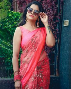 Beautiful Girl Indian, Beautiful Girl Image, Beautiful Saree, Beauty Full Girl, Beauty Women, Indian Actress Pics, Dehati Girl Photo, Most Beautiful Bollywood Actress, Saree Photoshoot