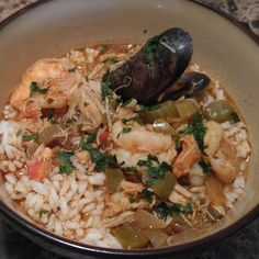 Seafood Gumbo Seafood Cioppino, Cioppino Recipe, Roasted Shrimp, Hot Pepper Sauce, Seafood Recipes, Gumbo Recipes, Cajun Recipes, Stuffed Hot Peppers, Fish And Seafood