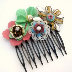 Aqua and pink Vintage Bridal Haircomb Collage Wedding Hairpiece Hair Accessory Statement  fascinator on Etsy, 281,69 kr