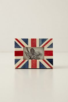 Union Jack Frame #anthropologie easy DIY - get a wood or ceramic  frame from a craft store and paint your own!