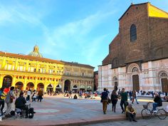 The Ancient Walled City of Bologna, Italy Bologna Italy, Walled City, Places To Visit, Louvre, Building, Travel, Viajes, Buildings, Trips
