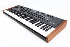 Dave Smith Instruments DSI Prophet 08