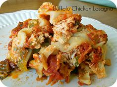 Slow Cooker Buffalo Chicken Lasagna #Recipe #Dinner