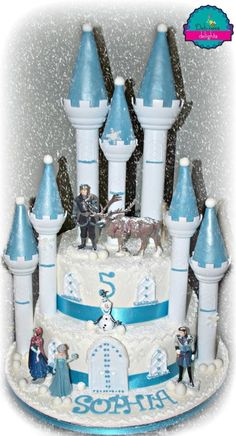 Frozen castle - Cake by Debbie Bowers