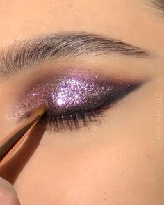 Makeup Geek Eyeshadow, Pink Eye Makeup, Glitter Eye Makeup, Makeup Eye Looks, Beautiful Eye Makeup, Colorful Eye Makeup, Eye Makeup Art, Natural Eye Makeup, Skin Makeup