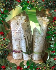 Forever Living has the highest quality aloe vera products and is recognized as the world's leading multi-level marketing opportunity (FBO) for forty years! Clear Gift Bags, Forever Living Business, Cellulite, Forever Aloe, Forever Living Products, Aloe Vera Gel, Face And Body, Gift Baskets, Xmas Ideas