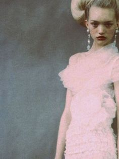 nomecalles:    Gemma Ward by Paolo Roversi, Vogue Italy March 2004