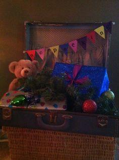 No peeking banner with suitcase and Christmas decor #jeweltones #christmas #decor