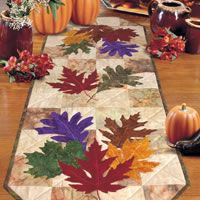 Autumn Leaves (from The Quilter Magazine) Table Runner And Placemats, Quilted Table Runners, Fall Sewing, Place Mats Quilted, Quilted Table Toppers, Halloween Quilts, Fall Quilts, Tree Quilt, Fall Projects