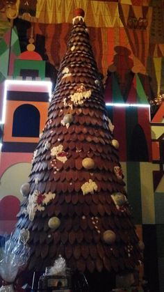 Gingerbread Chocolate Tree in the Contemporary