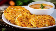 Weisskohl-Puffer mit pikanter Sauce – vegan - Rezept Go Veggie, Mushroom Pizza, Spicy Sauce, Kale, Broccoli, Vegan Recipes, Vegan Food, Macaroni And Cheese, Cabbage