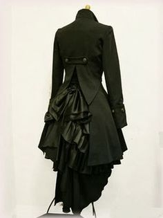 A bit too dramatic from a day to day blazer coat, but it's still an idea, and still pretty | Fashion World