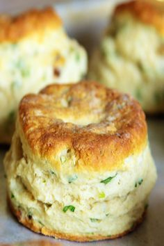 """Cheese"" and Chive Vegan Biscuits"