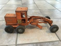 US $9.99 Used in Toys & Hobbies, Diecast & Toy Vehicles, Construction Equipment