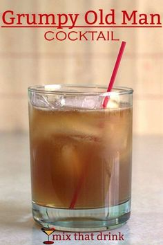 The Grumpy Old Man cocktail recipe features bourbon, lime and ginger ale, making it a little bit like a Moscow Mule. I'm not sure there it got the name. Unlike a Grumpy Old Man, it's charming and refreshing. #cocktailrecipes