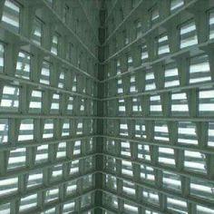 Milwaukee Art Museum, em Milwalkee, EUA. Projeto do arquiteto Santiago Calatrava. #architecture #arts #arquitetura #arte #decor #decoração #design #interiores #lighting #luzetrancendencia #projetocompartilhar #shareproject