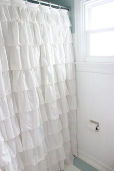 Make a ruffled shower curtain for $1 like @Caroline Meyers...Mrs. Sharon, I need your help!!! I love this!!
