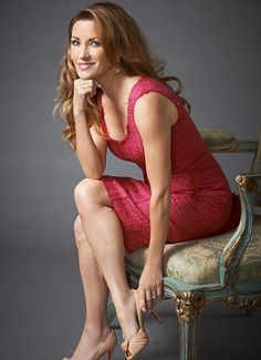 Jane Seymour: Apart from the eye lift, boob job and Botox, I haven't had a thing done! | Mail Online
