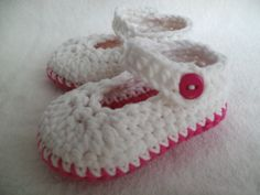 Baby booties, Baby shoes 0-3 months £5.50